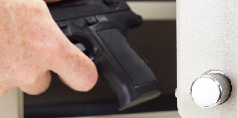 trezor na zbraně pistole
